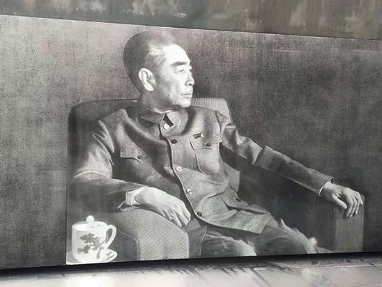 淄博铝板腐蚀画【沉思中的伟人】